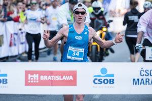 Slovak winner Jozef Urban finishes the ČSOB Marathon, April 2.