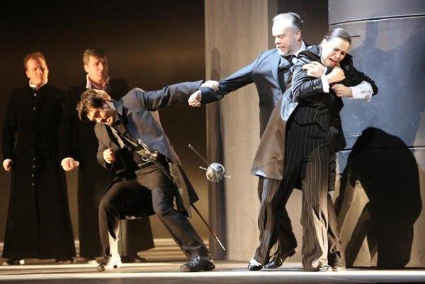 Daniel Čapkovič (Mercutio), Ján Ďurčo (Grégorio), Terézia Kružliaková (Stéphano) - L-R, in Romeo and Juliet in SND