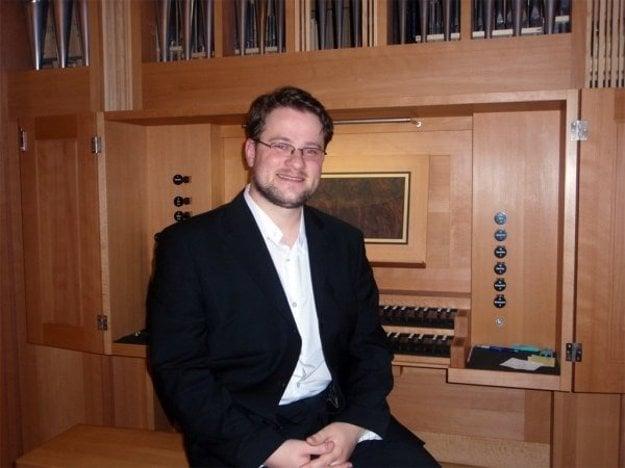 Marek Štrbák