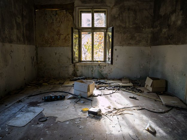 Korytnica spa in decay