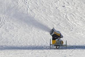 Snowmaking at Štrbské Pleso