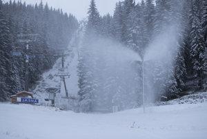 Snow-making at Jasná