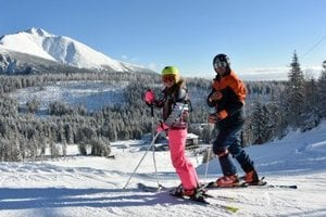 Skiing at Śtrbské Pleso, December 1.