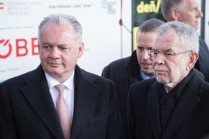 L-R: Zľava v popredí: Slovak President Andrej Kiska and his Austrian counterpart Alexander Van der Bellen open ceremonially the TRAM project at Vienna main railway station on February 19, 2018.