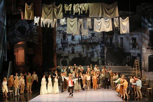 "Naples, scene of the ""crime of passion"""