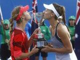 Slovak Mihalíková (L) and Russian Kalinska won the junior doubles at Australian Open.