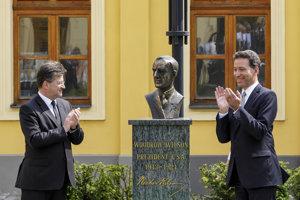 L-R: Slovak FAM M. Lajčák, US president Woodrow Wilson, US Ambassaodr to Slovakia Adam Sterling.