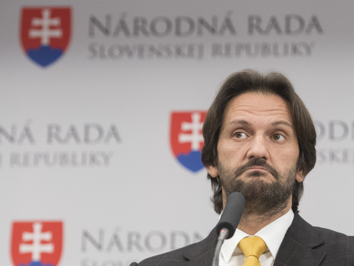 05ccd64fab9a Ex-interior minister Kaliňák leaves parliament - spectator.sme.sk