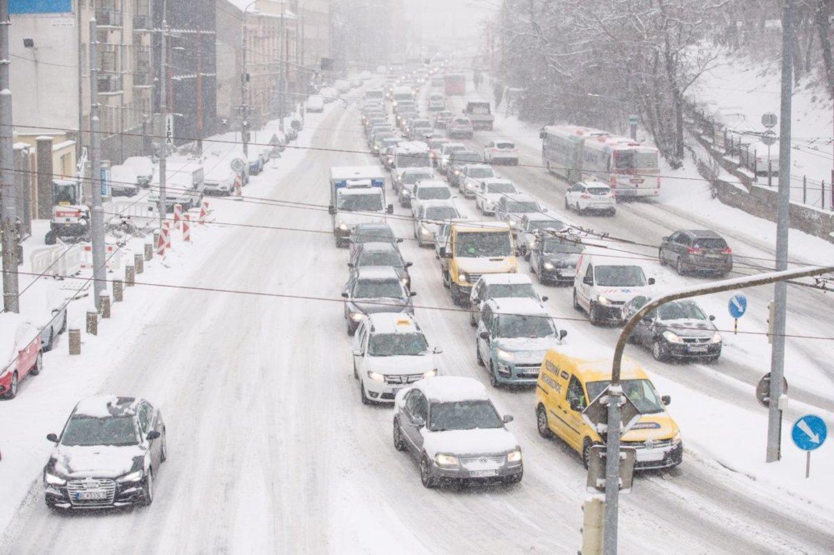 4c5a24cb9 Slovakia struggles with heavy snowfall - spectator.sme.sk