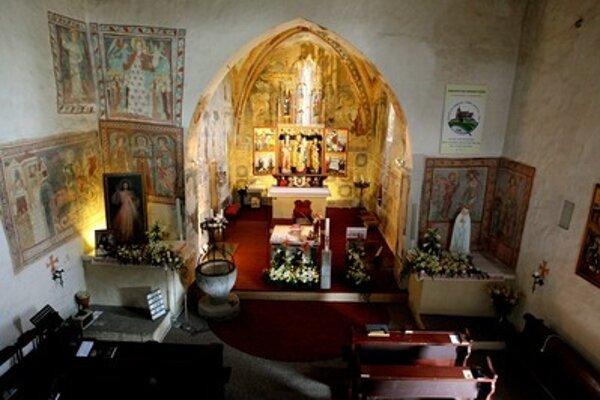 Frescoes in St Martin of Tours' Chruch in Čerín.