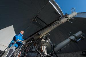Astronomer Ján Rybák at work.