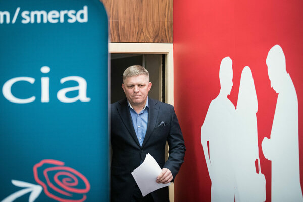 Smer chair Robert Fico's plan to increase a bank levy has been approved by the government on November 6, 2019