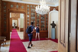 Mirbach Palace (Mirbachov palác)