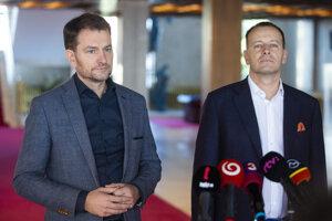 OĽaNO chair Igor Matovič (l) and Sme Rodina chair Boris Kollár (r)