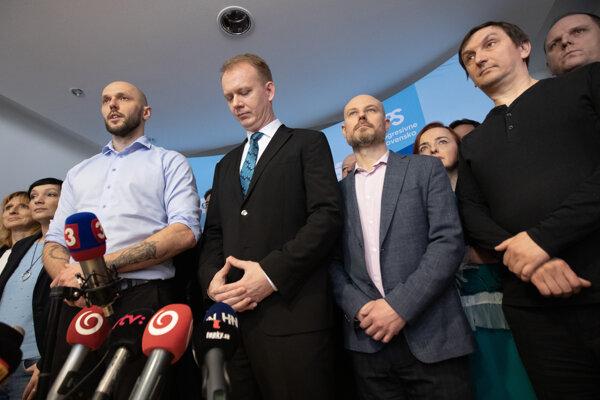 Michal Truban (left) and Miroslav Beblavý (second left)
