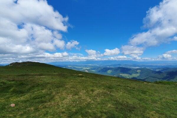 A view from Kráľova Hoľa towards the Tatras.