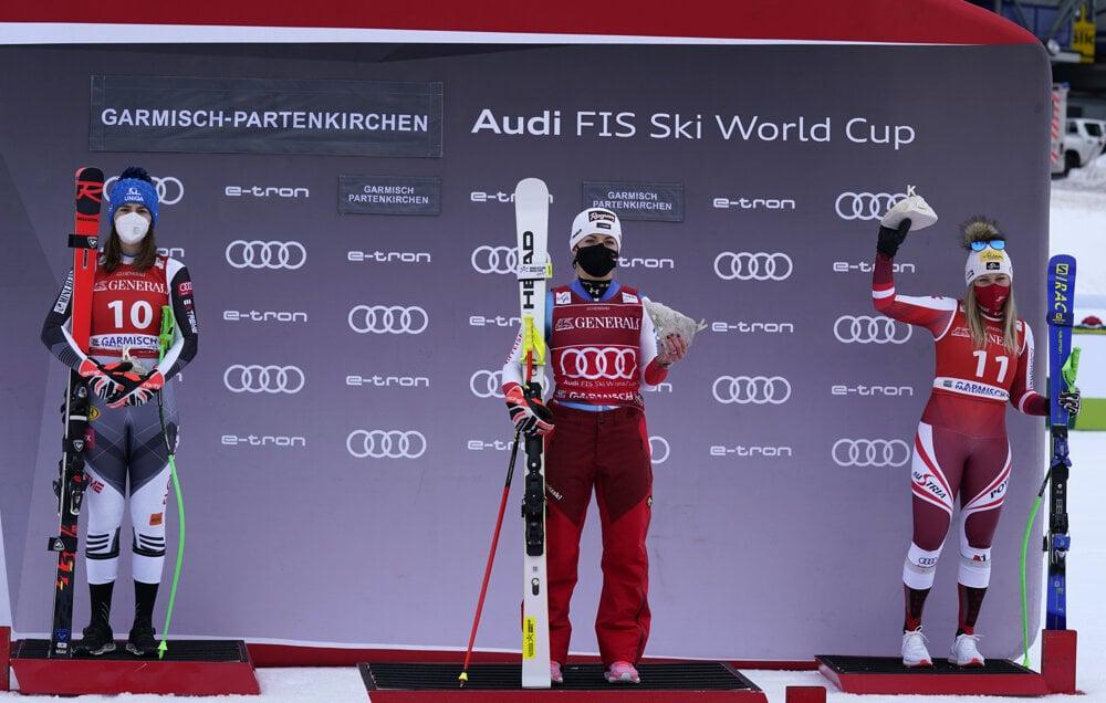 l-r: Second placed Slovakia's Petra Vlhova, first placed Switzerland's Lara Gut-Behrami and third placed Austria's Tamara Tippler stand on the podium of an alpine ski, women's World Cup super-G race in Garmisch-Partenkirchen.