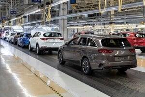 Car production in Kia Motors Slovakia in Teplička nad Váhom.