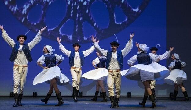 Východná Slovak Dancers is a Slovak folk group based in Toronto, Canada.