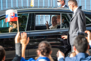 Pope Francis visited the Bethlehem Centre in Petržalka, Bratislava. Love missionaries are involved in charitable activities, especially with an emphasis on helping homeless people. In the building of the former kindergarten, they also offer refuge for the seriously ill.
