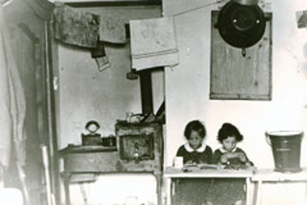 A classroom from the 1918-1938 era.