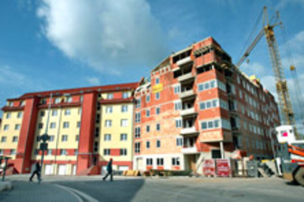 Experts predict that new housing projects will push down the prices of old apartments across the country.