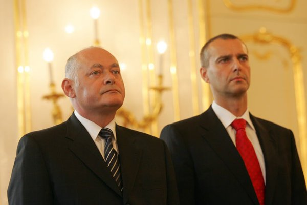 The same day Health Minister Ivan Valentovič (left) announced his resignation, Slovak President Ivan Gašparovič appointed his replacement, Richard Raši, who previously served as director of  the  Bratislava Teaching Hospital.