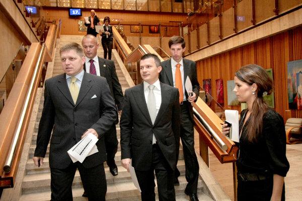 PM Robert Fico and Finance Minister Ján Počiatek