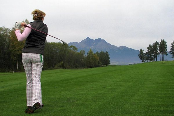 Miroslav Šatan is a golf fan.