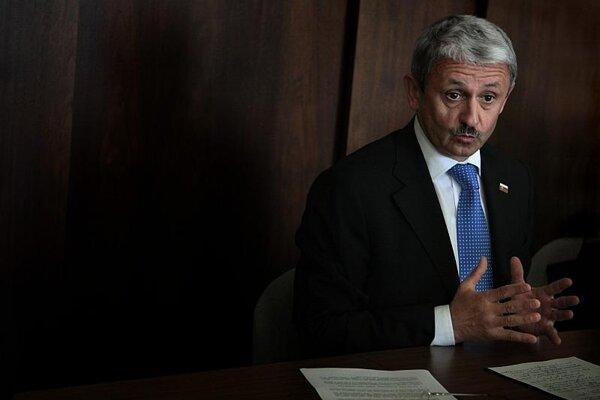 Mikuláš Dzurinda says he won't ally with Fico.