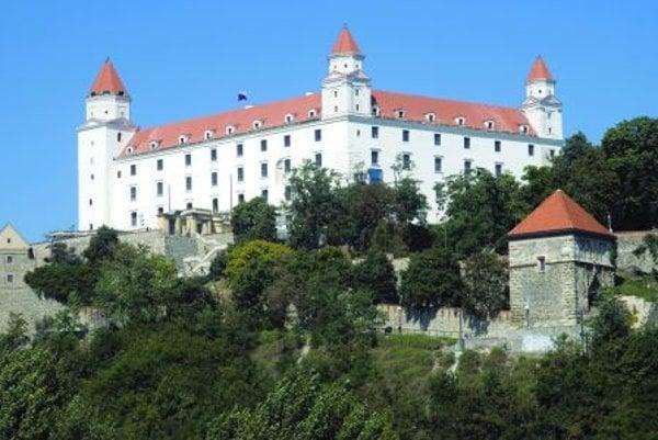 Bratislava Castle's exterior facelift is now complete.