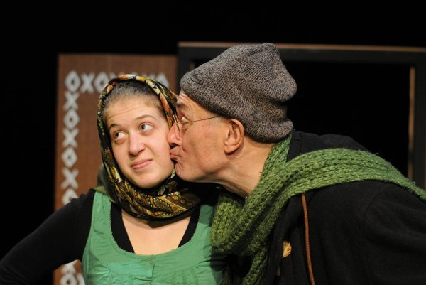 Kukucheers! is the second production brought by theatre Bridgin'Drama of Bratislava