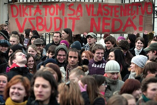 Slovaks protested against the 'patiotism act' in March.