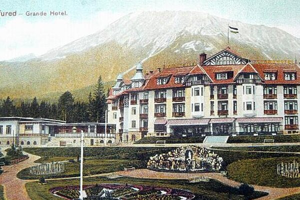 The High Tatras as they appeared in an early 20th-century postcard.