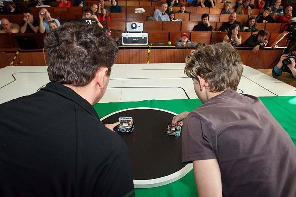 STU's Istrobot competition, a warm-up for international matches.