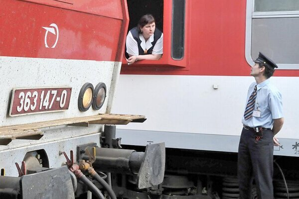 Some trains stopped for an hour on May 27.