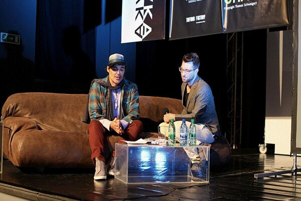David LaChapelle (l) with Bruno Ciberej, host of the discussion at the Meteorit Theatre.