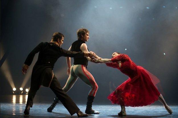 Anna Karenina, SDKE guest performance in SND