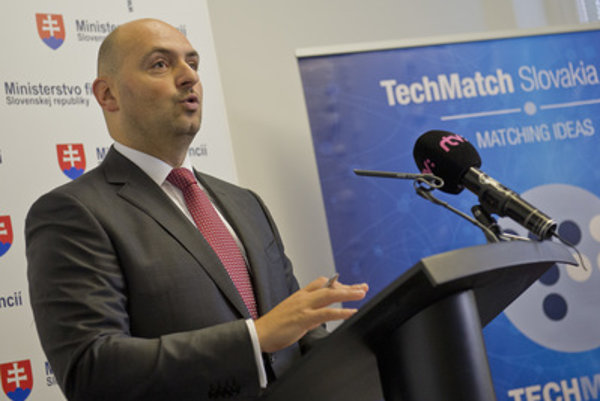 Branislav Šafárik defends the costs and structure of the TechMatch Slovakia 2015 conference