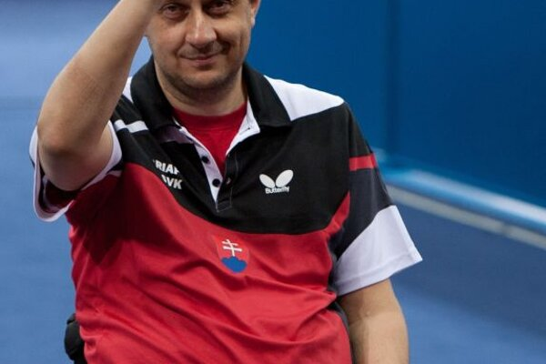 Golden table tennis player Ján Riapoš
