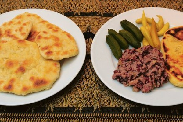 Marikľa and otherRomafood