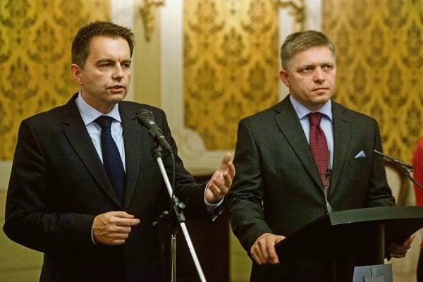 Peter Kažimír (l) and Robert Fico