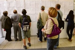 There are several ways to help long-term unemployed