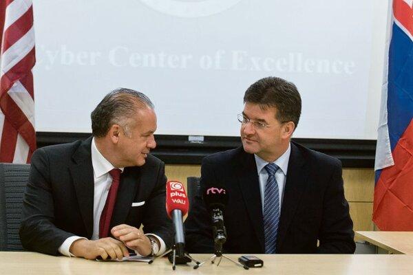 Andrej Kiska (l) and Miroslav Lajčák (r)