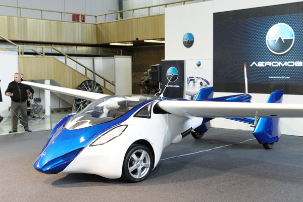 Slovakia will present itself also with AeroMobil.
