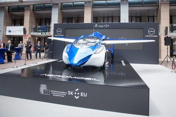 AeroMobil at display in Brussels