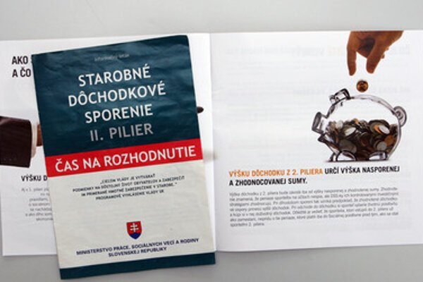 A booklet promoting the second pension pillar, illustrative stock photo.