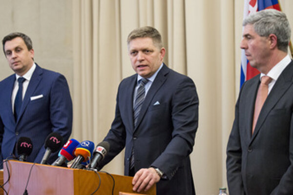 Chairmen of the three coalition parties (L-R Andrej Danko of SNS, Robert Fico of Smer and Béla Bugár of Most-Híd) met on February 8 at the Coalition Council.