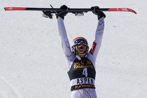 Petrea Vlhová celerbates her victory in WC women's slalom in Aspen, March 18.