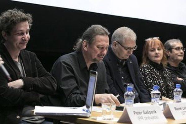 The press conference shows script-writer Marek Leščák, dramaturgist Miroslav Ulman, LITA board member Mirka Brezovská and producer Marián Urban.